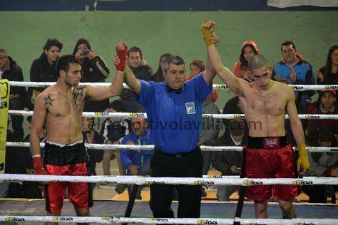 EMPATE. En el debut de Natanael Hereñú en el boxeo terminó en empate