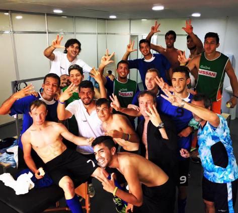 Duncan y Los Tigres festejan el triunfo ante Estados Unidos..jpg