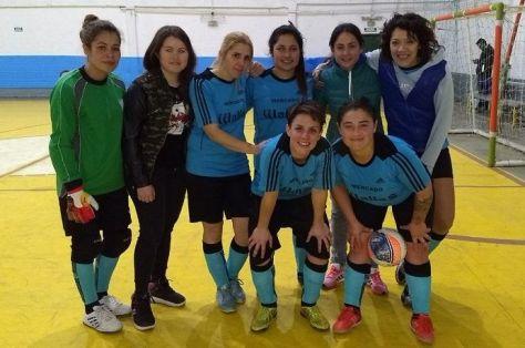 El equipo femenino de Villa Gesell manda en el fútsal de Pinamar..jpg