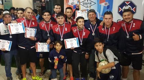 Unión con medalla y diploma tras el subcampeonato de plata en Paraguay..jpg