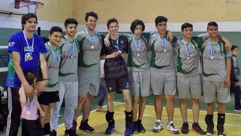El equipo masculino del Polideportivo y las chicas de Atlético se subieron al tercer escalón del podio en el Interprovincial sub 17..jpg
