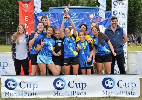 La categoría Sub 18 de Atlético se consagró campeona del Mar del Plata Cup..jpg